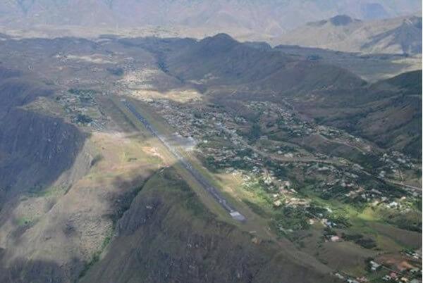 Vista aérea aeropuerto de Pasto